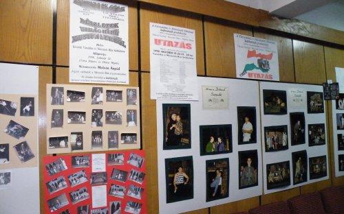 Fotók és plakátok az előadásokból