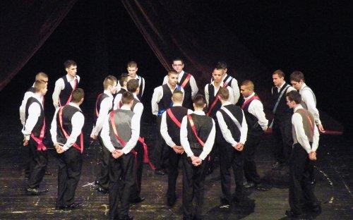 Borica-tánc  -  a II. Rákóczi Ferenc Szakközép- és Szakiskola tanulói