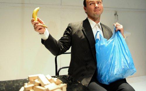 Szeretik a banánt, elvtársak? - Szkárossy Zsuzsa fotója